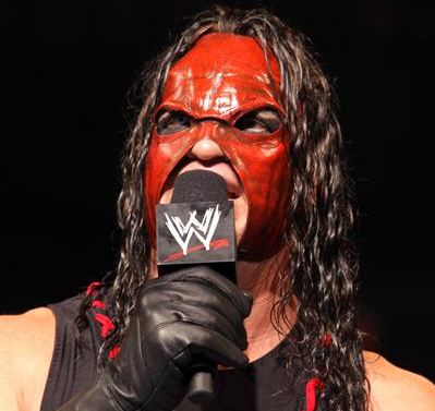 Masked_Kane_on_the_mic.png