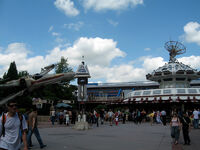 Star Tours at Disneyland Paris