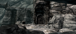 Dead Crone Rock Entrance