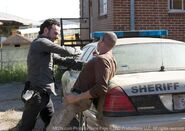 Walking dead 18 miles out rick shane fight