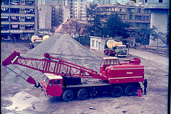 JONES 611M Cranetruck