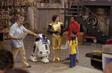 SesameStreet-StarWars-C-3PO&amp;R2-D2-01