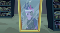 Twilight looking at herself in mirror S2E20