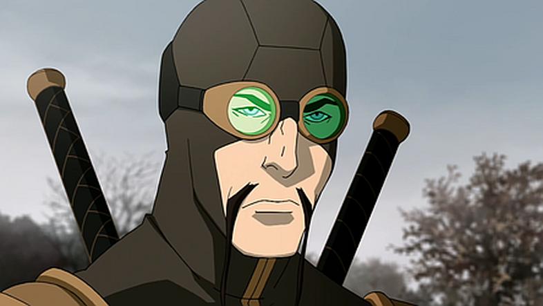 Lance Henriksen As The Lieutenant