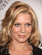 Laurie+Holden+PaleyFest+2011+Walking+Dead+mXK-2iPJHQQl