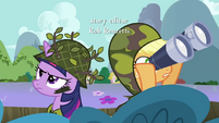 Applejack binoculars S2E21