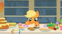 Applejack &quot;I&#39;m not hungry&quot; S1E22