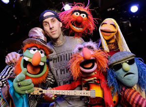 JimmyKimmelLive-TravisBarker&amp;TheElectricMayhem-(2012-03-19)