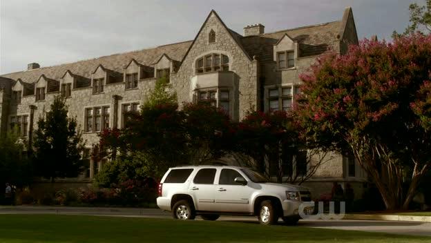 Universidade Duke Dukebadmoon