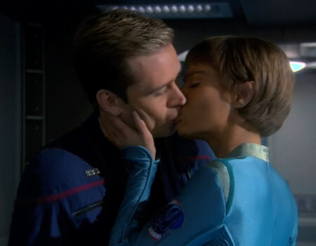 TPol kisses Trip
