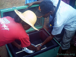 Solar-cooker-in-school