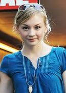 Emily Kinney 3