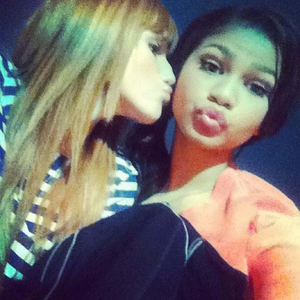 a Zendaya And Bella Thorne Kissing