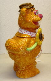 Treasure craft cookie jar fozzie bear 4