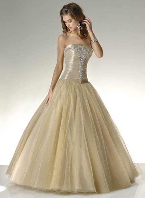 Image fairytale ball gown wedding the for Fairytale ball gown wedding dresses