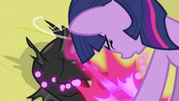 Twilight changing changeling back to normal S2E26
