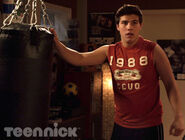 Degrassi-hollaback-girl-part-1-picture-1