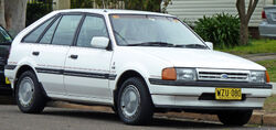 1985-1987 Ford Laser (KC) Ghia 5-door hatchback 01
