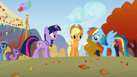 Rainbow Dash &amp; Applejack surprised S1E13