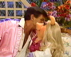 Kiss Piggy George Hamilton