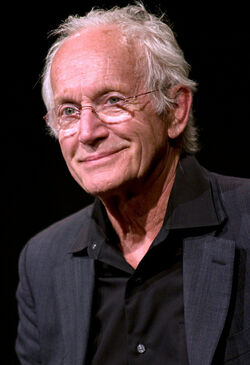 Lance Henriksen cropped