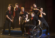 Nationals-glee-30853319-653-452