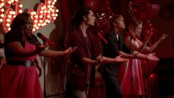 3x13-Heart-glee-29220398-1280-720