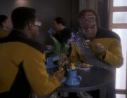 La Forge and Worf at the replimat