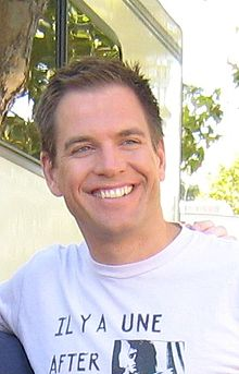 220px-Michael Weatherly (19 September 2008) 7-1-