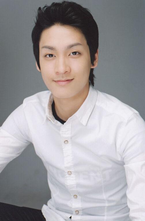 Da Chang Jin 大长今 - YouTube