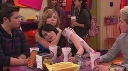 ICarly.S06E02.iGo.One.Direction.480p.WEB-DL.x264-mSD-13-07-01-