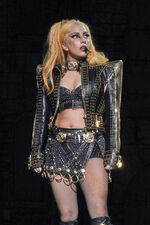 The Born This Way Ball Tour Marry The Night 009