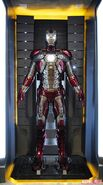 Iron Man Armor MK V (Earth-199999) 001