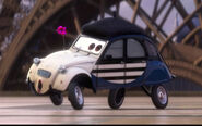 Cars 2 louis larue screenshot crop