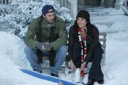 Luke-lorelai-gilmore-girls-13-questionable-morals