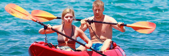 Jennette-McCurdy-Kayaking