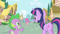 Spike &quot;maybe ponies in Ponyville have interesting things to talk about&quot; S1E01