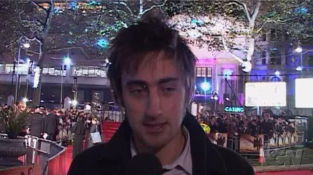 Quantum of Solace Movie Interview - Red Carpet Interviews