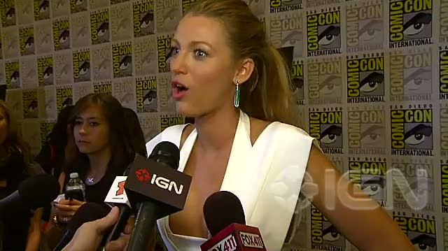 Green Lantern Movie - SDCC 10 Blake Lively