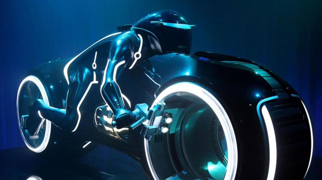 TRON Legacy Long Time Clip