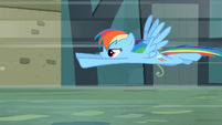 Rainbow Dash flying fast S2E08