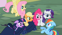 Main ponies S2E8