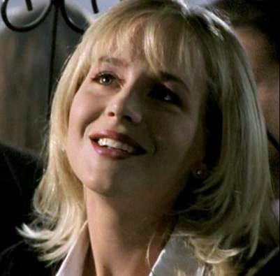 Buffy_1x01_007.jpg