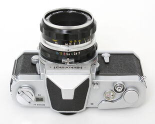 Nikkormat-FTN-chrome-006