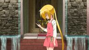 -HorribleSubs- Hayate no Gotoku Can't Take My Eyes Off You - 01 -720p-.mkv snapshot 08.24 -2012.10.04 15.24.19-