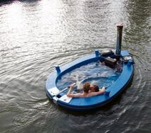 Hot-Tub-Boat-by-Hot-Tug-1-480x425