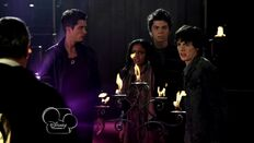 My.Babysitter s.A.Vampire.S02E13.The.Date.To.End.All.Dates.Part.2.720p.HDTV.h264-OOO.mkv 001266639