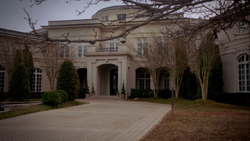 Mikaelson-mansion-outside