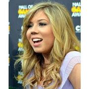 JennetteM