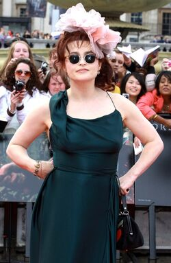 Helena-bonham-carter-world-premiere-deathly-hallows-part-ii-02